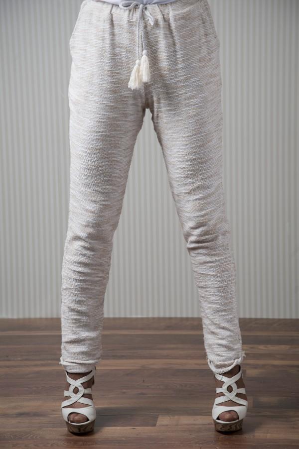 Pantalón-estilo-chandal-con-brillos-21-e1363612753734