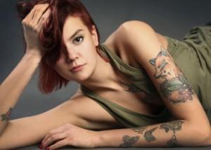adolescente-con-tatuaje
