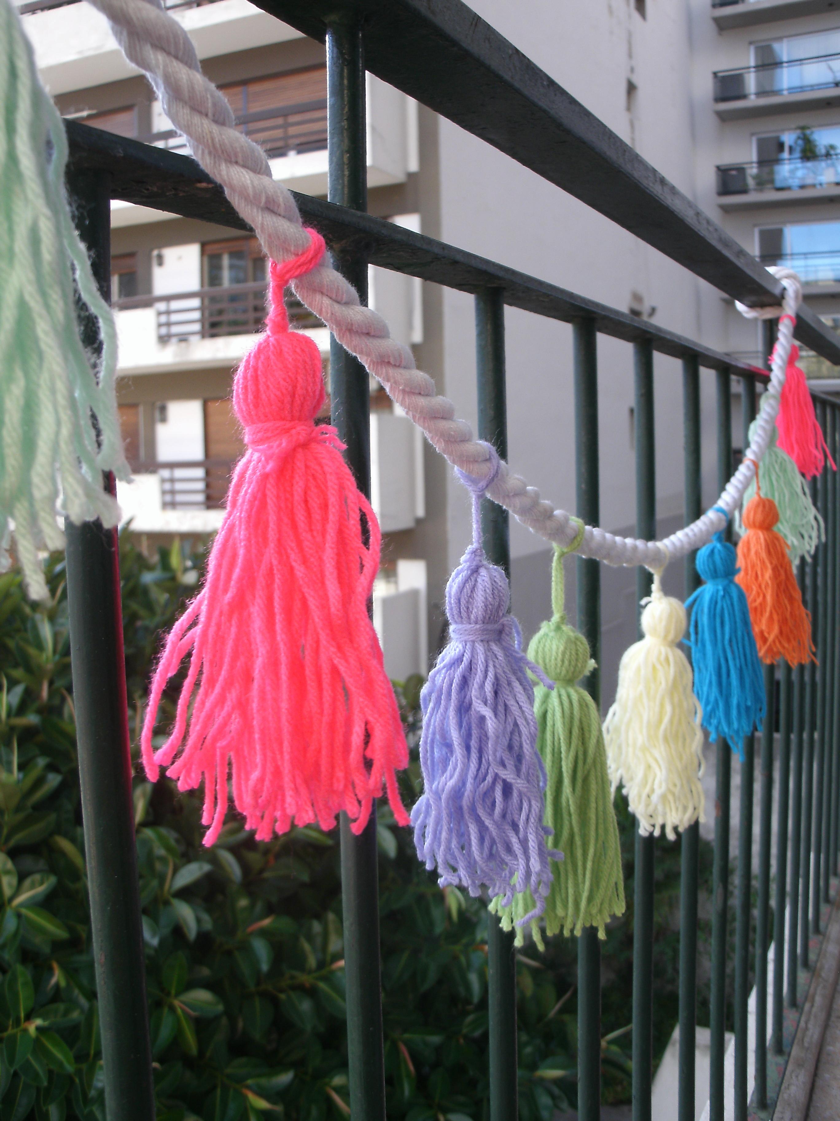 Las borlas para decorar son tendencia moda de hoy for Borlas para muebles