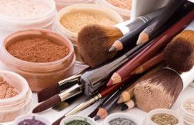 ¿Son sus hábitos de maquillaje los que la están haciendo que se vea vieja?