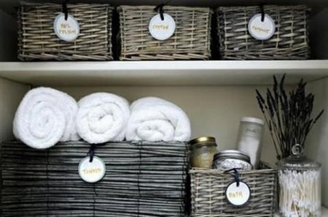 cestas-para-organizar-el-bano-02-480x318