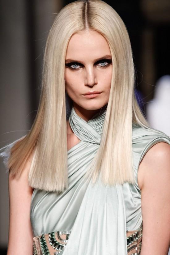 Corte de pelo a tijera clásico - La BarberíaLa Barbería
