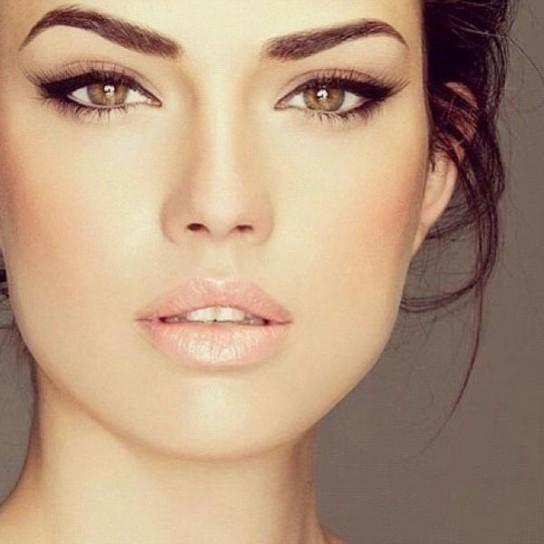 maquillaje-de-ojos-invierno-2014-2015-natural