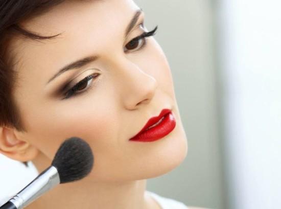 labios_rojos-labial-color-maquillaje-sensualidad-piel-mujeres_PERIMA20141111_0001_5
