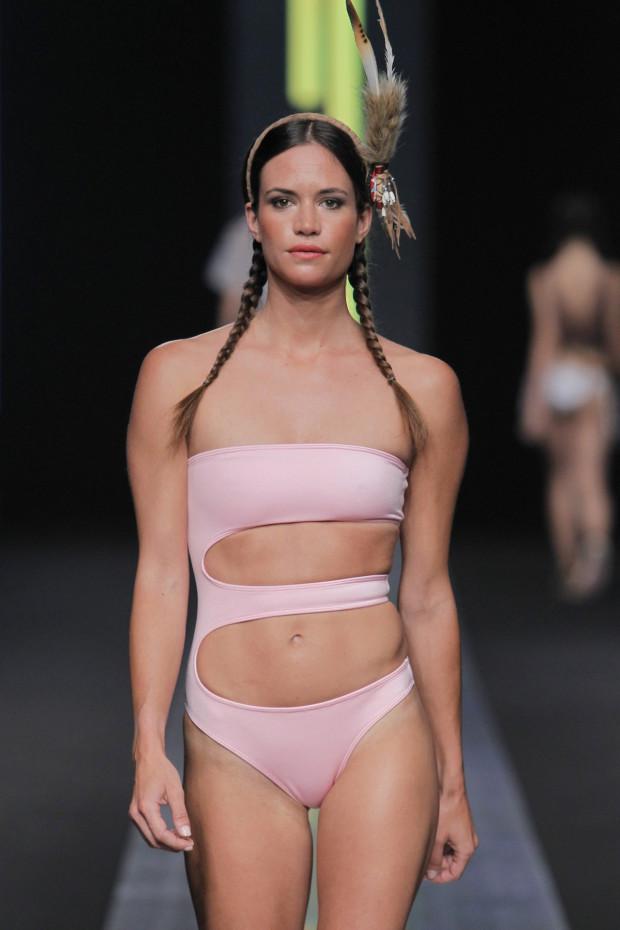 Trajes de ba o mallas y bikinis de moda temporada verano for Trajes de bano 2017