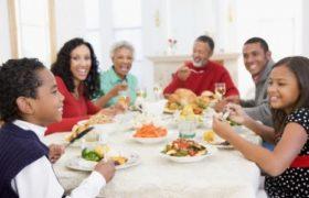 Juntarse a comer como reunion es tendencia