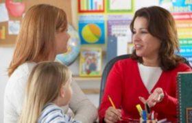 Confrontación entre padres y maestros, una tendencia que aumenta