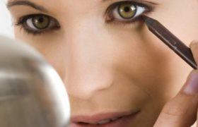 Belleza: Como delinearse los ojos y no morir en el intento