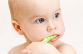 Tendencia: Bebés con dientes picados