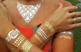 Los tatuajes metálicos: la nueva tendencia de la temporada